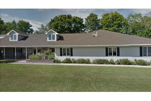 1704 Georgia St - Sturgeon Bay, WI 54235