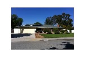 5570 Gloucester Way - Riverside, CA 92506