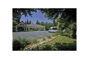7548 Greenhaven Dr - Sacramento, CA 95831