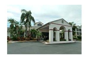 6711 Embassy Blvd - Port Richey, FL 34668