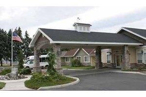 1740 Madison St - Wenatchee, WA 98801