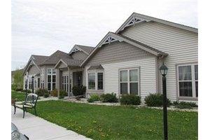 626 W Van Altena Ave - Cedar Grove, WI 53013