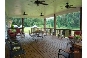 1735 N Broad St - Lexington, TN 38351