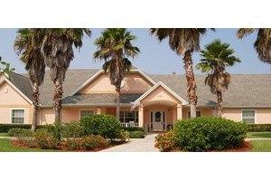 6120 Cypress Gardens Blvd - Winter Haven, FL 33884