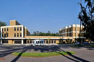725 Desoto Ave - Brooksville, FL 34601