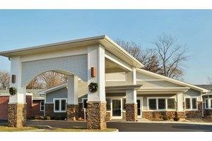 Fair Oaks Health Care Center, Crystal Lake, IL
