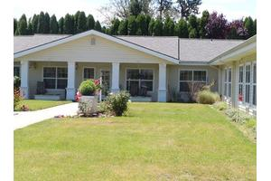 176 Wards Creek Rd - Rogue River, OR 97537