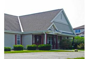 5784 Chapel Valley Rd - Fitchburg, WI 53711