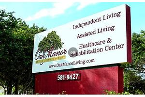Oak Manor Senior Living Community, Largo, FL