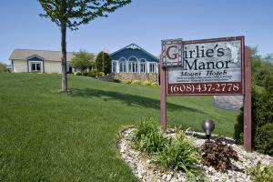 Girlie's Manor, Mount Horeb, WI