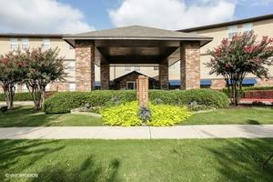 5000 Meadow Lakes Dr - North Richland Hills, TX 76180