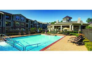 The Hamptons at Greenridge Independent Living, Tyler, TX