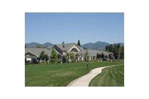 1400 Redwood Circle - Grants Pass, OR 97527