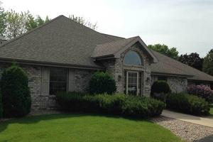 3001 Riverside Dr - Green Bay, WI 54301