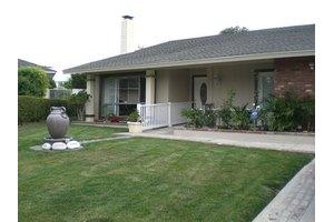 25822 Pericles - Mission Viejo, CA 92691
