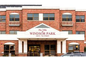 Villa at Windsor Park, Chicago, IL