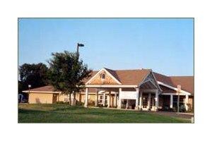2416 Brentwood - Hutchinson, KS 67502