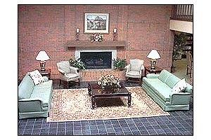 Photo 9 - American House East I Senior Living, 17255 Common Rd., Roseville, MI 48066