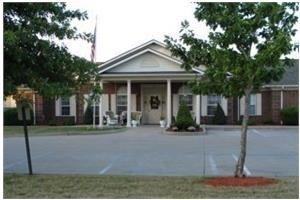 120 N Hospital Dr - Fulton, MO 65251