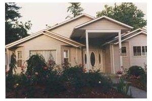 608 NE 118th Ave - Portland, OR 97220