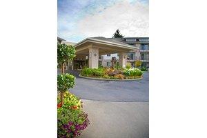 11448 Rainier Ave S - Seattle, WA 98178