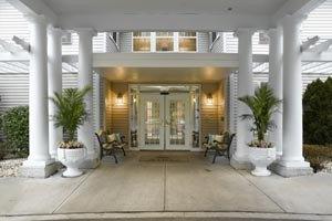 Photo 13 - Atria Briarcliff Manor, 1025 Pleasantville Rd, Briarcliff Manor, NY 10510