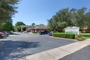 Photo 4 - Knollwood Pointe, 5601 Girby Rd, Mobile, AL 36693