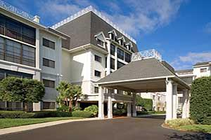 2720 Regency Oaks Boulevard - Clearwater, FL 33759