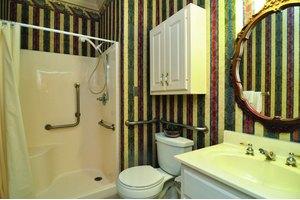 Photo 4 - Rosewood Manor, 1513 County Park Rd, Scottsboro, AL 35769