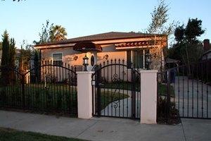 16710 Magnolia Blvd - Encino, CA 91436