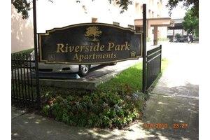 Riverside Park Appartments, Jacksonville, FL