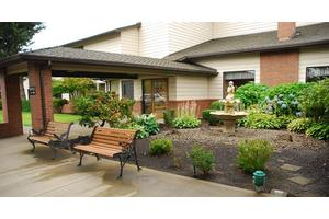 721 NE 27th St - McMINNVILLE, OR 97128