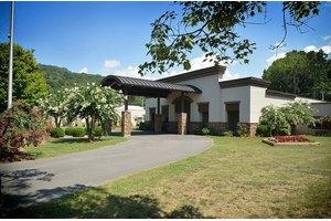 Marshall Manor, Guntersville, AL