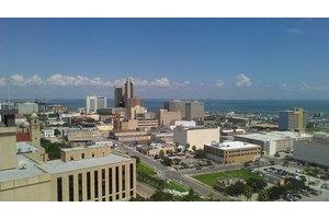 101 N Upper Broadway St - Corpus Christi, TX 78401