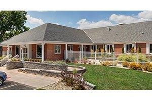 Heritage Manor Bloomington, Bloomington, IL