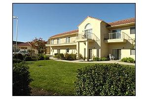 290 Regency Circle - Salinas, CA 93906