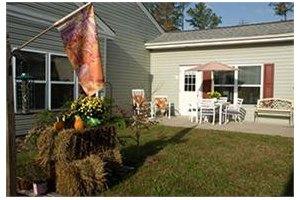 Photo 11 - Commmonwealth Senior Living at Gloucester House, 7657 Meredith Drive, Gloucester, VA 23061