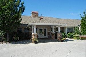 221 Torbett Street - Richland, WA 99354