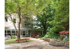 Windmoor Hills Premier Subacute Care, Glenside, PA