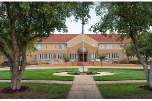 9 senior living communities in newton ks seniorhousingnet com