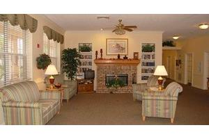6110 Cypress Gardens Blvd - Winter Haven, FL 33884
