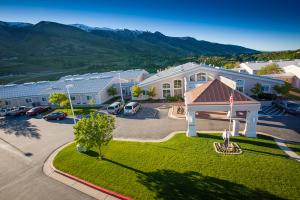 Apple Village Assisted Living, Layton, UT