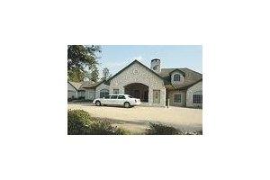 750 Longmire Rd - Conroe, TX 77304
