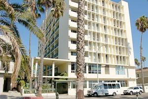 2107 Ocean Ave - Santa Monica, CA 90405
