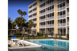 Sun Towers Retirement Community, Sun City Center, FL
