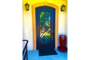 7001 Garden Grove Ave - Reseda, CA 91335