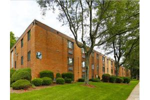 Hawksworth Garden Apartments, Greensburg, PA