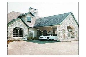 2805 Lake Road - Huntsville, TX 77340