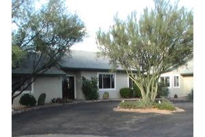 3250 W Sumter Dr - Tucson, AZ 85742