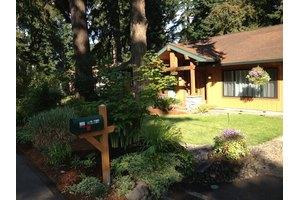 810 Charman St - Oregon City, OR 97045
